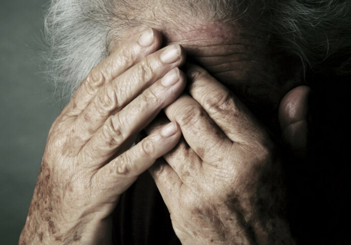 AltaVita - anziani e solitudine